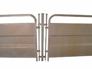 Sistema de división en ganado ovino faricado en acero galvanizado de alta resistenci aque ofrece gran maniobrabilidad en la separación o manejo de lotes ovinos.