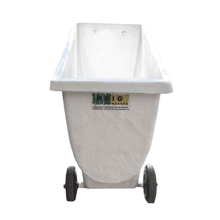 Sistemas de transporte de pienso en explotaciones porcinas mediante carros de fibra de vidrio con varias medidas y capacidades