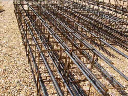 Ferralla para riostra de construcción en explotación de ganado ovino o caprino.